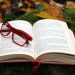 文書と眼鏡